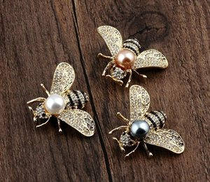 European and American three-dimensional Bee highlight pearl brooch pin small suit dual alloy fine a generation of33