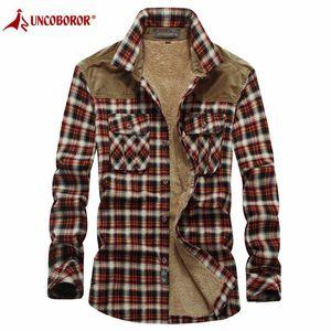 Inverno quente Shirts Militares da manta Thicken velo casaco de lã 100% algodão de alta qualidade manga comprida camisas de flanela Chemise Homme C0925