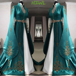 Dubai Long Evening Gowns Green Satin A Line Prom Dresses Saudi Arabia Gold Embroidered Long Sleeves Sweep Train Formal Wear