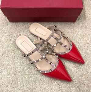 Hot Sale-nova casa rebites sandálias e chinelos sapatos femininos apontou couro sapatos da moda sandálias rasas planas