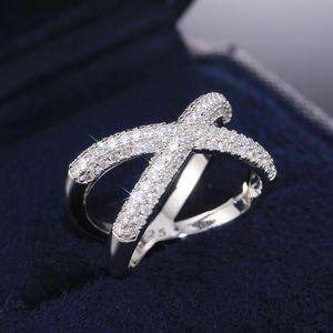 Huitan Hot Cross Selling X Forme femmes Bagues de fiançailles doigt délicat Accessoires Dazzling Cristal Zircon Mode Bijoux Bague