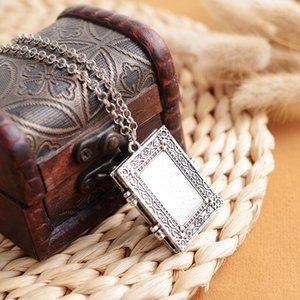Retro Gothic Öffnungsfähiges Quadrat-Anhänger Photo Frame Box Locket Halskette Schmuck