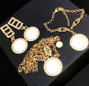 Moda de oro collar pendientes pulsera para los amantes de la boda del partido señora de las mujeres joyería del contrato de regalo para la novia con la CAJA