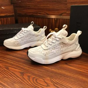 Sneaker New Color Calfskin Trainers Casual Shoes Men Women Reflective Sneaker Retro Patchwork Casual Sneaker Cotton Laces