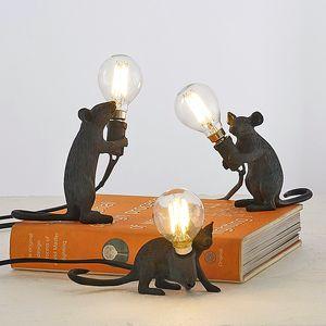 Britânico Animal Moderno Moderno Moderno Lâmpada De Mesa Resina Mouse Mesa Lâmpada Bedside Quarto Estudo Arte Decoração Início Iluminação