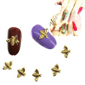 20шт Gold Bee ногтей украшения 3d Charms Kawaii Animal Декоры Bling Nailart Supplies Alloy украшения на ногтях Дизайн