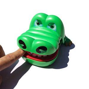 حار بيع لعبة كبيرة إصبع التمساح العض لعبة سمك القرش قلع الأسنان ناحية اللعب عض التمساح اطفال بالجملة