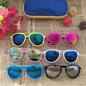 Gafas de sol anti-ultravioleta de la moda gafas de sol de marca de diseño de los niños de los niños del bebé con estilo Gafas muchacha del muchacho de los vidrios Uv400
