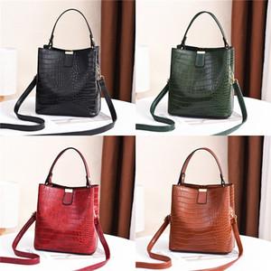 Sacs Crossbody cuir pour femmes 2020 Summer Petit Messenger Bag Lady Sacs à main et # 199