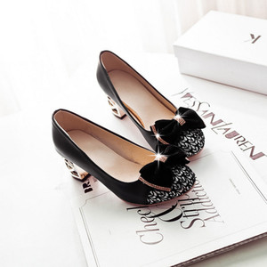 Hot Sale Fashion Quality Shoes Women Block Heels Round Toe Dress Shoes Beautiful Bow Pumps Shoes
