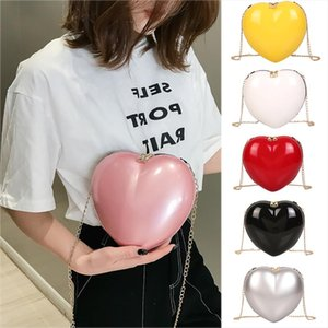 New Women Zipper Heart shaped Crossbody Bag Simple Fashion Shoulder Bag Brand Designer Bags 2019 Fashion 30