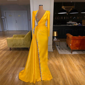 Customize Yellow Gold Satin Arabic Evening Dress Crystal Long Sleeve Elegant Prom Gowns Plus Size Women Special Occasion Dresses