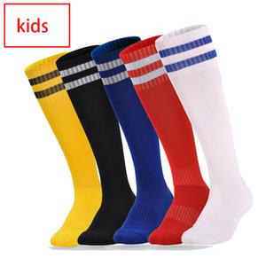 Enfants de football Chaussettes avec motif rayé Cuissardes de football Chaussettes Anti Slip long Bas Trusox extérieur enfants Sports longues Serviette Chaussettes