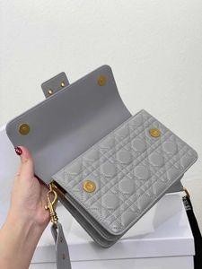 Дизайнер -shoulder сумка женщин бумажника Кроссбоди мешок высокого качества овчины цепи и вышитые широкий пояс различные изменения стилей shoulde