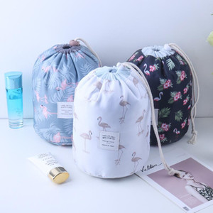 Women Cosmetic Bag Beauty Makeup Bag Travel Barrel Storage Basket Foldable Waterproof Wash Bag Polka Dot Bathroom Organizer FWF1937