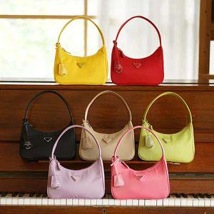 Top-Qualität Großhandel neue Frauen Reedition Luxus 2000 Tote echte Leder Nylon-Umhängetasche Designer Mann Frauen Umhängetaschen Handtaschen