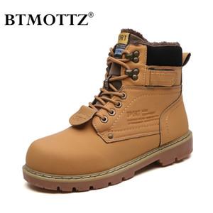 Winter Ankle Boots Männer Freizeitschuhe Outdoor-Herbst-Leder wasserdicht Arbeit Tooling Herren Boots Warm-Militärarmee Botas BTMOTTZ LJ200916
