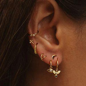 Junerain Marca Fashion Women's Pendientes de las mujeres 925 Sterling Silver Pigeon Colgante Stud Pendientes para las mujeres Regalo Brincos Pequeño Animal Earr