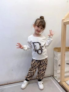 2020 известная марка дизайнера осень Новые мальчиков и девочек стерео черный цвет печати письмо Set Cotton Большой детский костюм