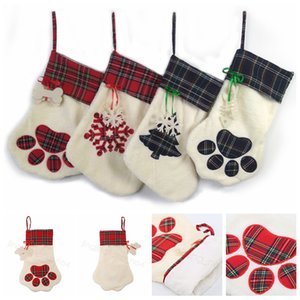 Plaid Christmas Socks Christmas Gift Bag Pet Dog Cat Paw Stockings Xmas tree Hanging Ornaments New Year Gift Holder bags FFA4439