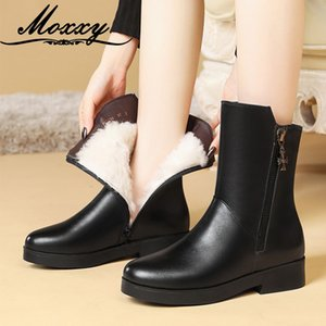 Moxxy Black Ankle Boots For Women New Casual Warm Fur Winter Boots Leather Combat Fashion Plush Gothic Shoes Woman 2020