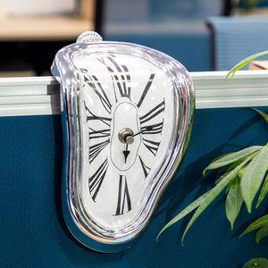 2019 Novel Surreal fusion mur Distorted Horloge Surréaliste Salvador Dali Horloge murale style incroyable Creative Décoration cadeau