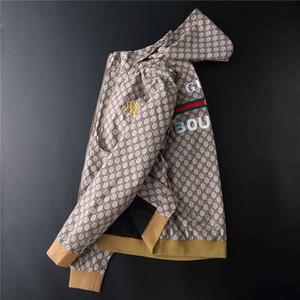 Luxo Europeu e Americano Jaquetas dos homens italianos nova carta de produção jaqueta com capuz windbreaker zíper hoodies homens sportswear top pano