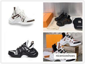 Trendyol Suede Women 'S Klassische hochhackige Schuhe TAKSS20TO0178