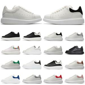 Di trasporto superiore piattaforma di qualità scarpe da uomo scarpe da donna Plate-forme Sneaker tripla bianco in pelle nera scamosciata velluto casuale comodo pattino