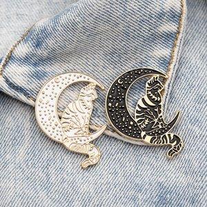 Mysterious Witch Cat Skull Star Moon Embracing Brooch enamel lapel Pins Badge Moon Cat Enamel Pins Lapel Pin Badge Brooch