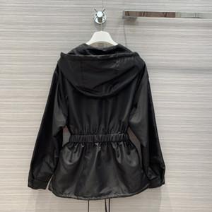 Milan Runway Coats 2020 Langarm-Kapuzen Panelled Damenmäntel Designer Mäntel Marke gleiche Art Jacken 0921-2