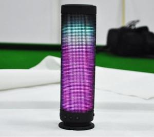 بيع حار! بلوتوث المتحدثون LED M10 اللاسلكية أيدي محمول المتكلم مكبر الصوت ستيريو هاي فاي لاعب لاسلكية سماعات مضخم الصوت للحصول على الهاتف