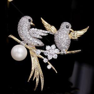 2020 Korea new high-end micro-inlaid zircon bird animal brooch pins fashion women exquisite shiny zircon pearl brooch accessories jewelry