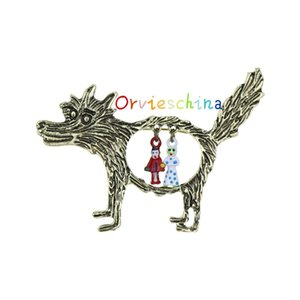2020 designer brooch European and American hot dog vintage brooch wishing wolf little red hood clothing accessories brooch decorative jewelr