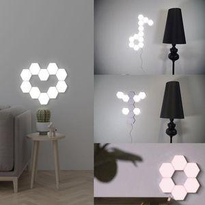 Quantum Lamp Hexagonal Lamps Modular Touch Sensitive Lighting LED Night Light Magnetic Hexagons Creative Decoration Wall Lampara