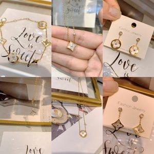 u8Zj0 hohe Qualität Klee mit vier Blättern oder Manschette Ohrringe Zirkonia gepflastert Blumen-Armband-Goldkette Armbänder für Frauen Designer Tit plattierte