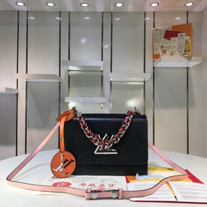 Woman LuxurDesigner BagHandbags High Qualit y sMessen gers Bag LuxussrsSy Saddle Bay 52504-1