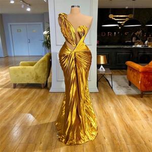 Bright Yellow Sexy Abiti da sera senza maniche puro increspature Velvet Dress partito convenzionale sweep treno su ordine Mermaid Prom Dress