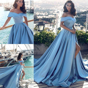 Impressionante Light Blue Vestidos Frente Dividir Off the Shoulder formal do partido de celebridade Vestidos Para Mulheres Ocasião Wear baratos BA6777