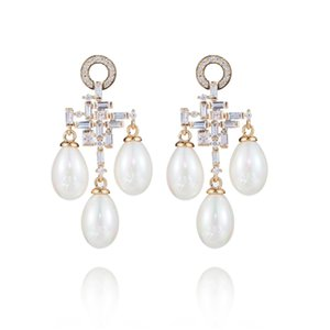 XIUMEIYIZU Clasical Pearl Drop Earring Elegant Shinning Pearl Pendant Paved Cubic Zirconia Earrings for Women Wedding Banquet