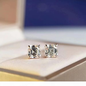 2020 spring new European and American fashion S925 silver plated 18K gold square diamond earrings with UFO ear plugs additional gift box