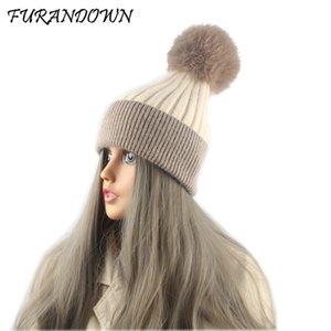 FURANDOWN Piel real Caps pompones de lana muchacha de las mujeres Gorros Skullies naturales Pompom gorrita tejida