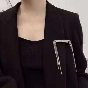 RSnxq 패션 액세서리 행 술 체인 머리핀 브로치 패션 다이아몬드 의류 의류 액세서리 행 다이아몬드 술 체인 머리 핀의 자형 형제