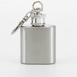 1oz Stainless Steel Mini Hip Flask With Keychain High Quality Portable Pocket Flagon Wine Pots Personlized Logo Is Available DBC BH4120