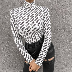 Le donne con cappuccio a maniche lunghe Abbigliamento dolcevita Maglia Top con i guanti lettere stampate Camicia Autunno Inverno Trendy Slim Streetwear LY912