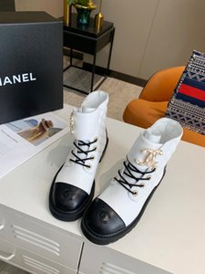 Designer Femmes Bottes Noir Blanc Haut-haut Rhombique Splicing Moyen talon de haute qualité avec la boîte Taille 35-40