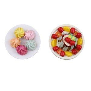 01:12 Dollhouse 2 pedaços de alimentos vegetais cozinhados Dumpling Dessert Tray Acessórios de cozinha