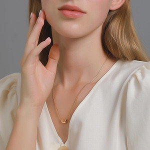 New small design simple bean necklace cool creative versatile pea clavicle chain