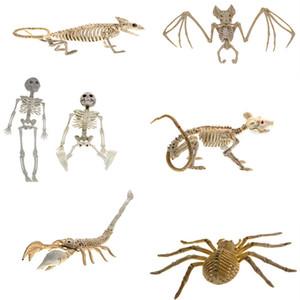 le style chaud Halloween grand animal effrayant squelette chauve-souris squelette décoration scénique voler hantait les articles de fête de maison Halloween