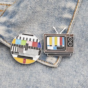 No Signal Enamel Pin Custom Old-school TV Screen Brooches for Shirt Lapel Bag Creative Badge Funny Jewelry Gift for Kids Friends